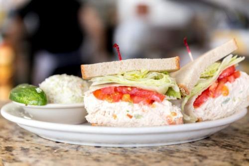 Tuna Sanwich Flakowitz